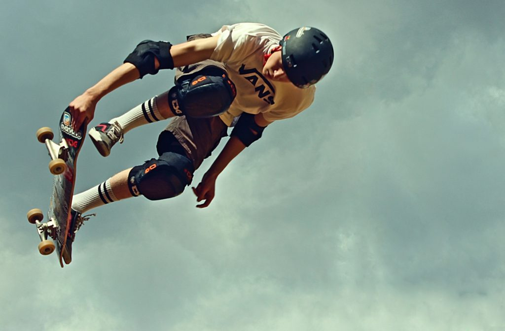 adelgazar con saltos de skater